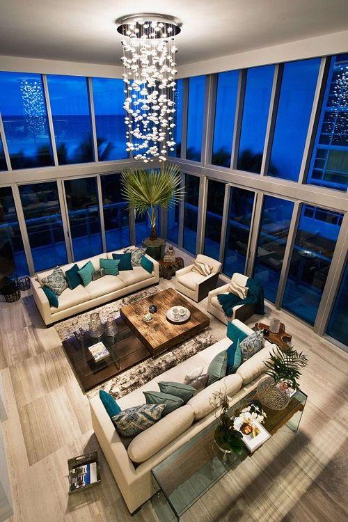 Thiết kế phòng khách phù hợp tuổi gia chủ