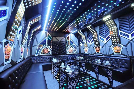 thiet-ke-thi-cong-phong-karaoke-he-thong-den-led