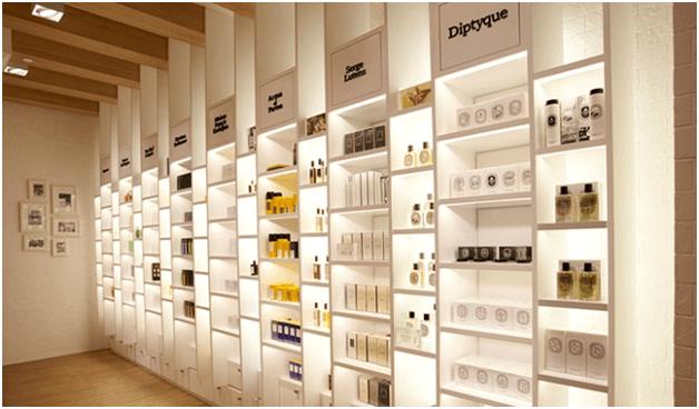 thiet-ke-showroom-my-pham-dep-1