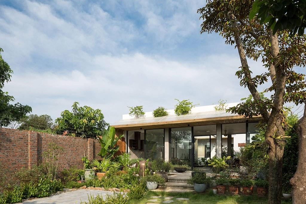 Ngắm nhìn căn biệt thự sân vườn 1 tầng hiện đại với 2 phòng ngủ