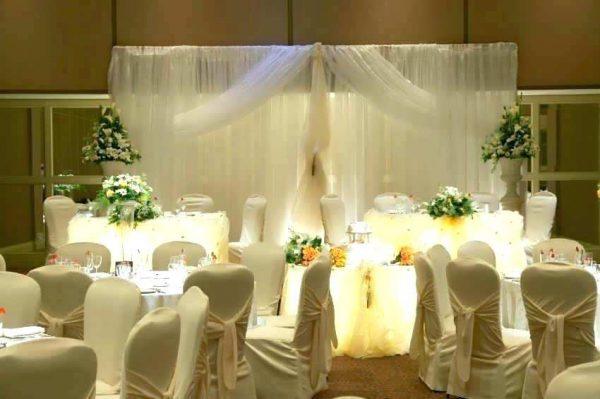 Thiết kế nội thất nhà hàng tiệc cưới phong cách Rustic