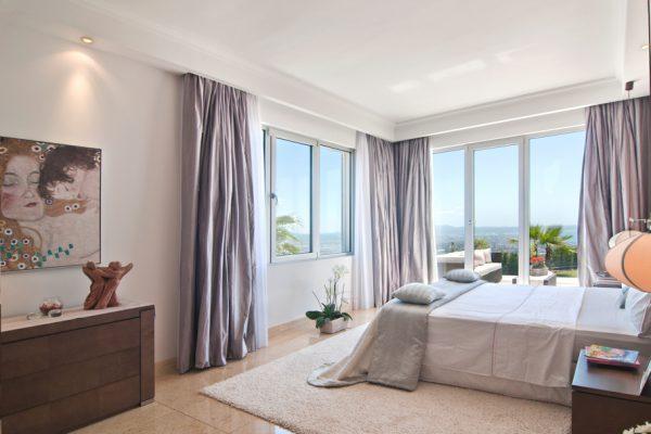 Thiết kế nội thất phòng ngủ biệt thự phòng khách phong cách Tây Ban Nha