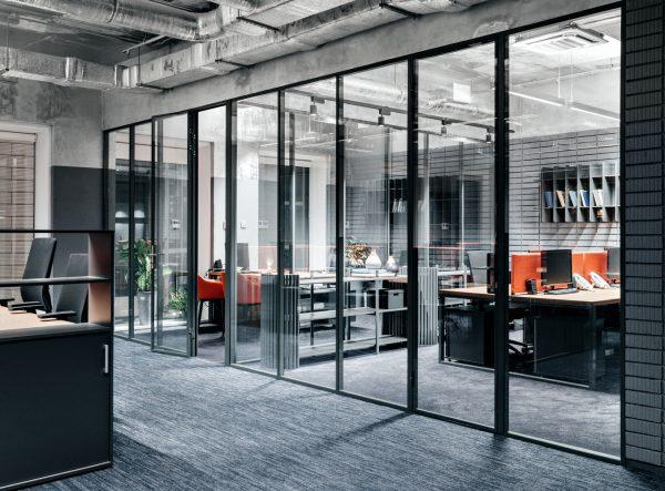 Thiết kế văn phòng tông màu cam