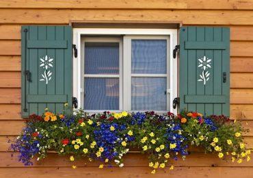 cửa sổ gỗ