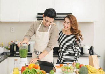 Nên đặt bếp theo tuổi chồng hay vợ