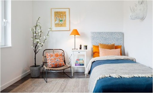 Decor phòng ngủ bằng ghế thư giãn
