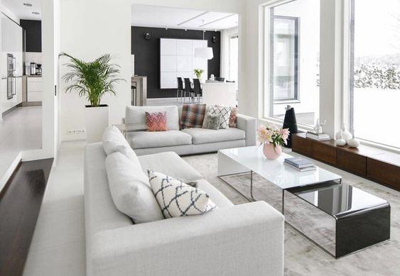 Một bộ sofa mềm và hiện đại là lựa chọn tốt nhất cho những không gian thế này