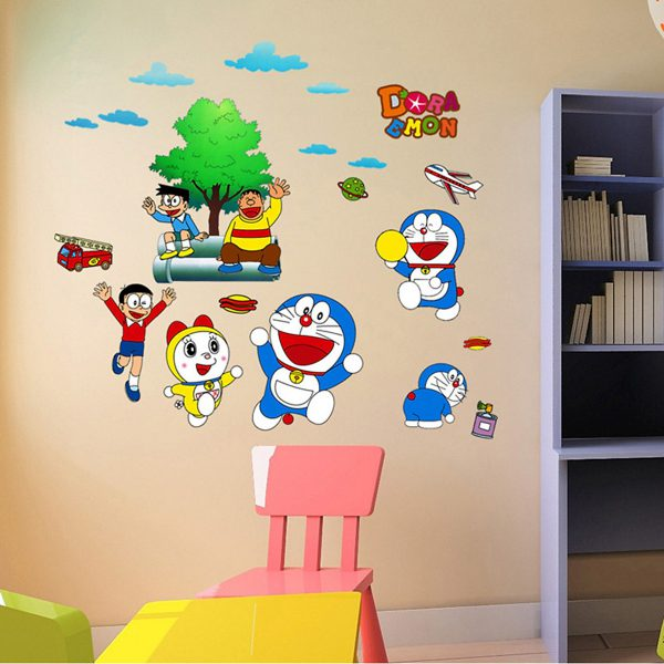 Decal dán tường cho phòng ngủ Doremon