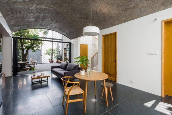 tận dụng ánh sáng tự nhiên để căn nhà trông rộng rãi hơn