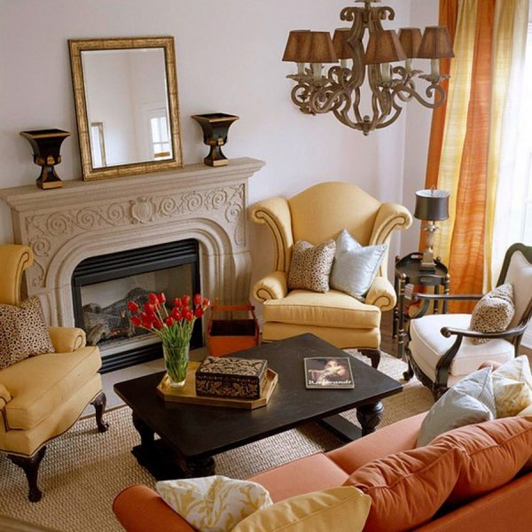 Phòng khách nhỏ gọn với màu sắc tươi sáng