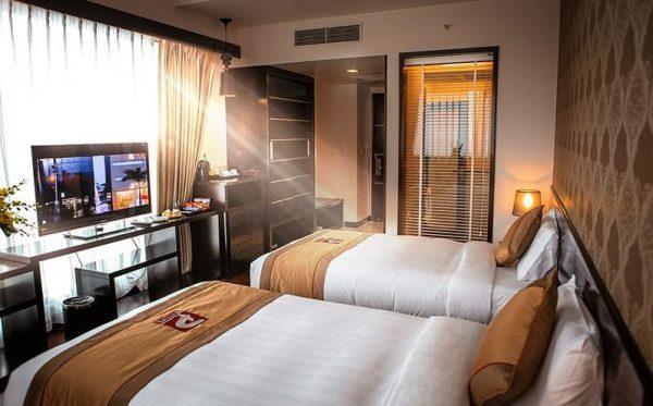 Phòng ngủ khách sạn 5 sao hiện đại