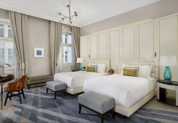 Thiết kế tân cổ điển đơn giản cho phòng ngủ
