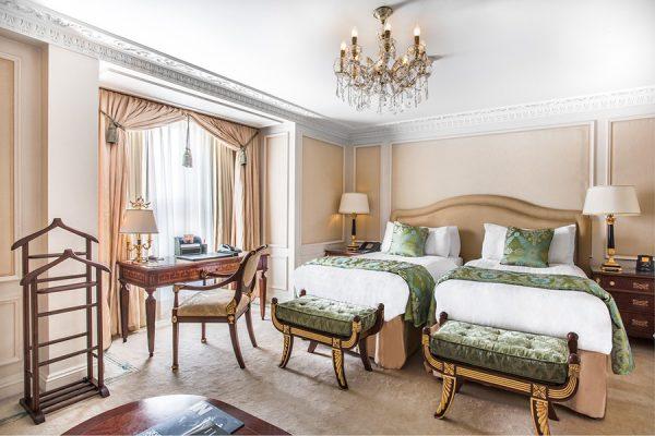 Phòng ngủ khách sạn 5 sao đẹp và sang trọng