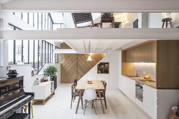 Với thiết kế này, ngôi nhà phải có một nền móng vững chắc