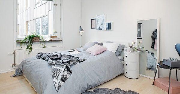 Sơn tường màu trắng để căn phòng trông rộng hơn