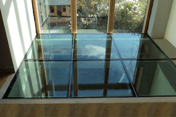 sàn nhà kính cường lực đẹp, sang trọng, ấn tượng