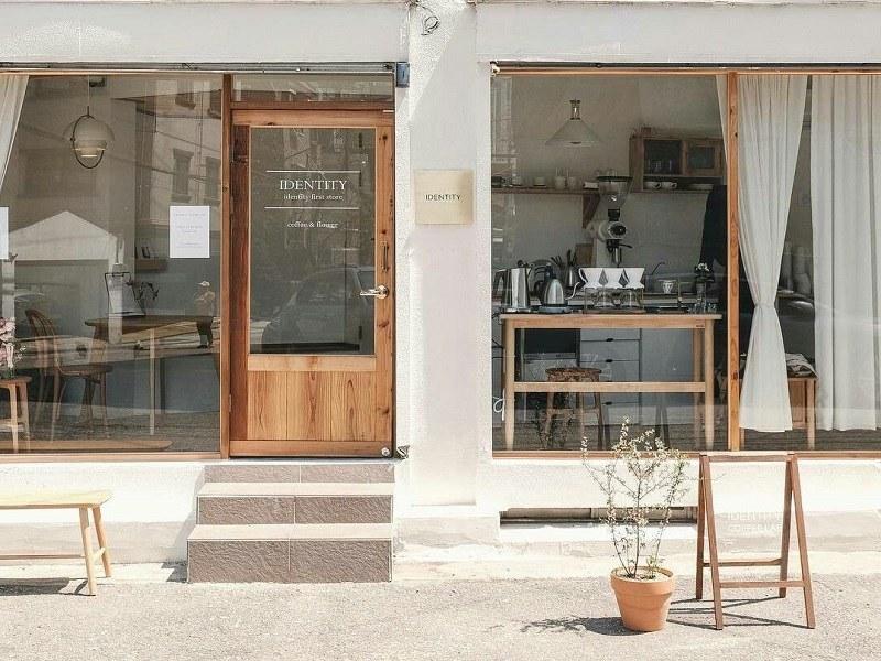 Mô hình quán cafe nhà ống với mặt tiền 5m