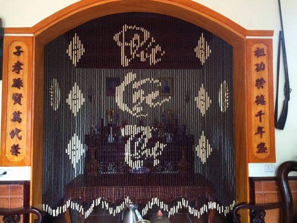 rèm bàn thờ hạt gỗ
