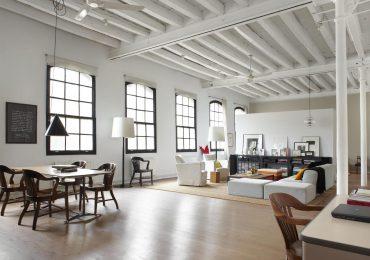 Trang trí thường được tối giản trong nội thất theo phong cách công nghiệp