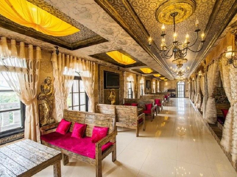 Màu vàng là màu chủ đạo trong phong cách thiết kế cổ điển