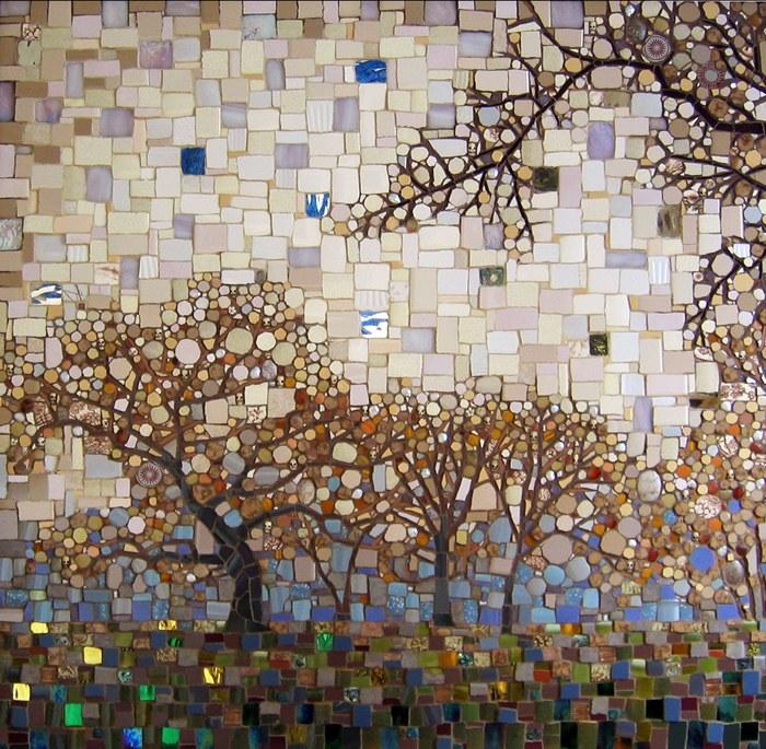 Gạch mosaic thủy tinh có độ bền hơn hẳn các chất liệu khác