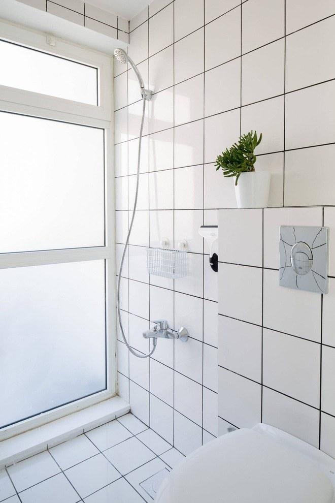 Không gian phòng tắm với thiết kế đơn giản