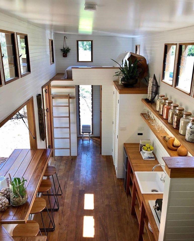 Khu vực bếp, bàn ăn, giường ngủ được thiết kế tối ưu hóa, thuận tiện, thông minh